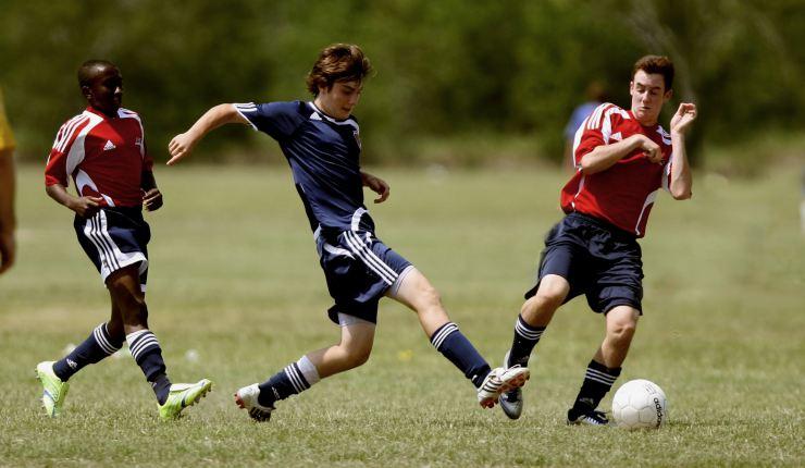 3 Kemampuan Dasar Dalam Bermain Sepak Bola
